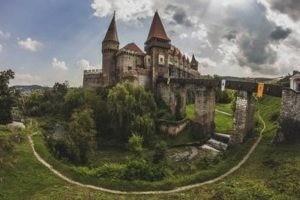 Загадочный замок Корвинов